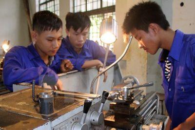 Tập huấn CNTT tại trường THCS TT Phước An