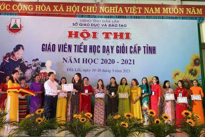 Vinh dự danh hiệu giáo viên tiểu học dạy giỏi cấp Tỉnh, năm học 2020 – 2021